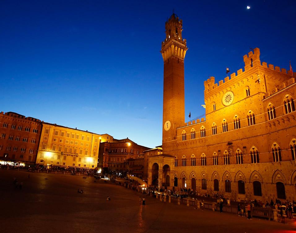 Palio di Siena | Viaggio nei territori delle Contrade di Siena